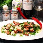 Mediterraner Oktopus Salat
