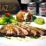 Secreto vom Ibérico mit Kumpir, Guacamole und Salat