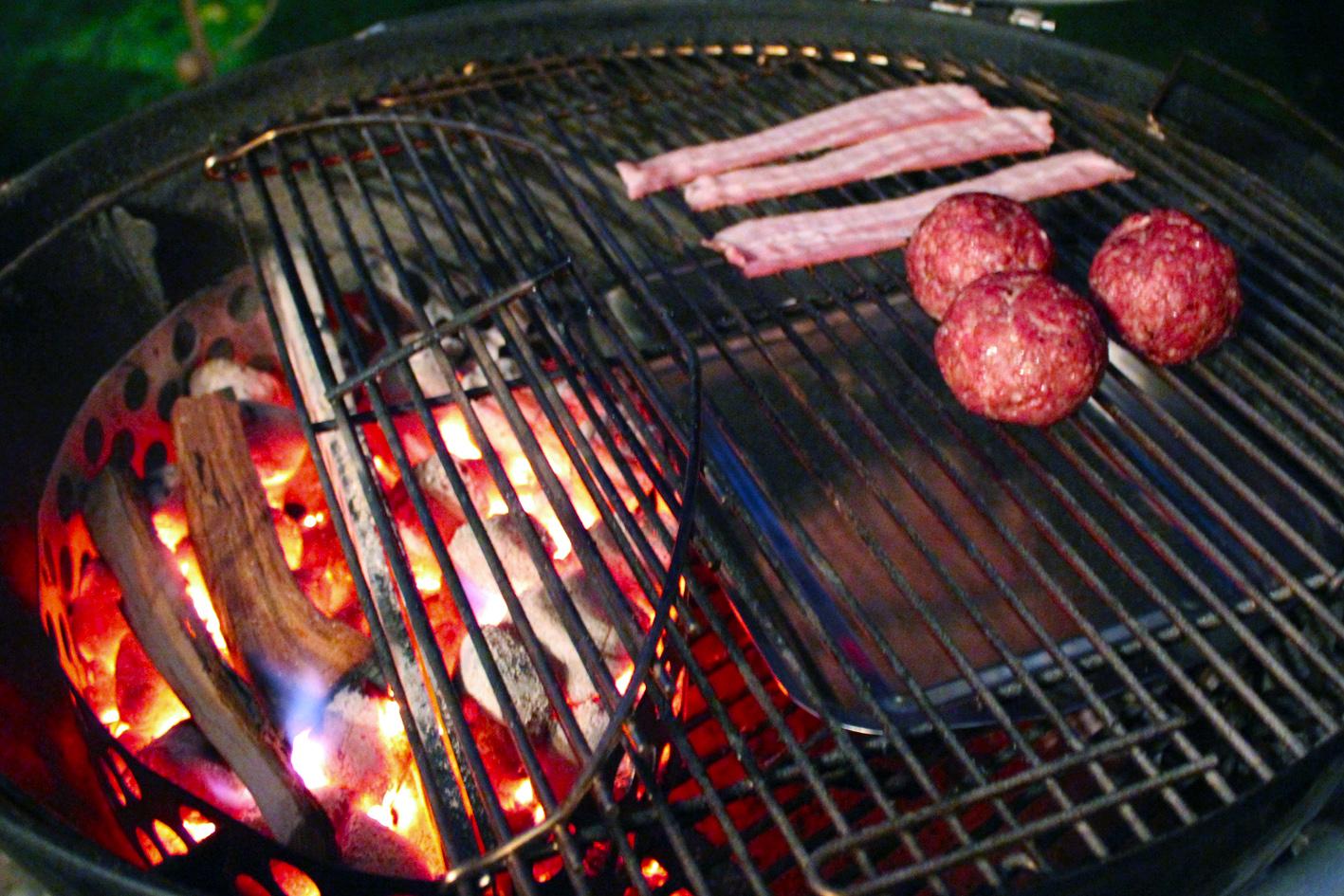 smoker grill anheizen